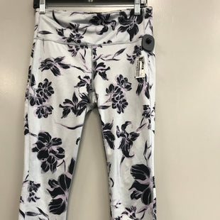 Primary Photo - BRAND: ATHLETA STYLE: ATHLETIC CAPRIS COLOR: GREY SIZE: M SKU: 313-31344-17283