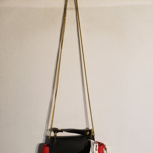 Primary Photo - BRAND:    CLOTHES MENTOR STYLE: HANDBAG COLOR: RED BLACK SIZE: SMALL SKU: 313-31328-27791