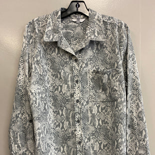 Primary Photo - BRAND: TIME AND TRU STYLE: TOP LONG SLEEVE COLOR: SNAKESKIN PRINT SIZE: L SKU: 313-31344-18703