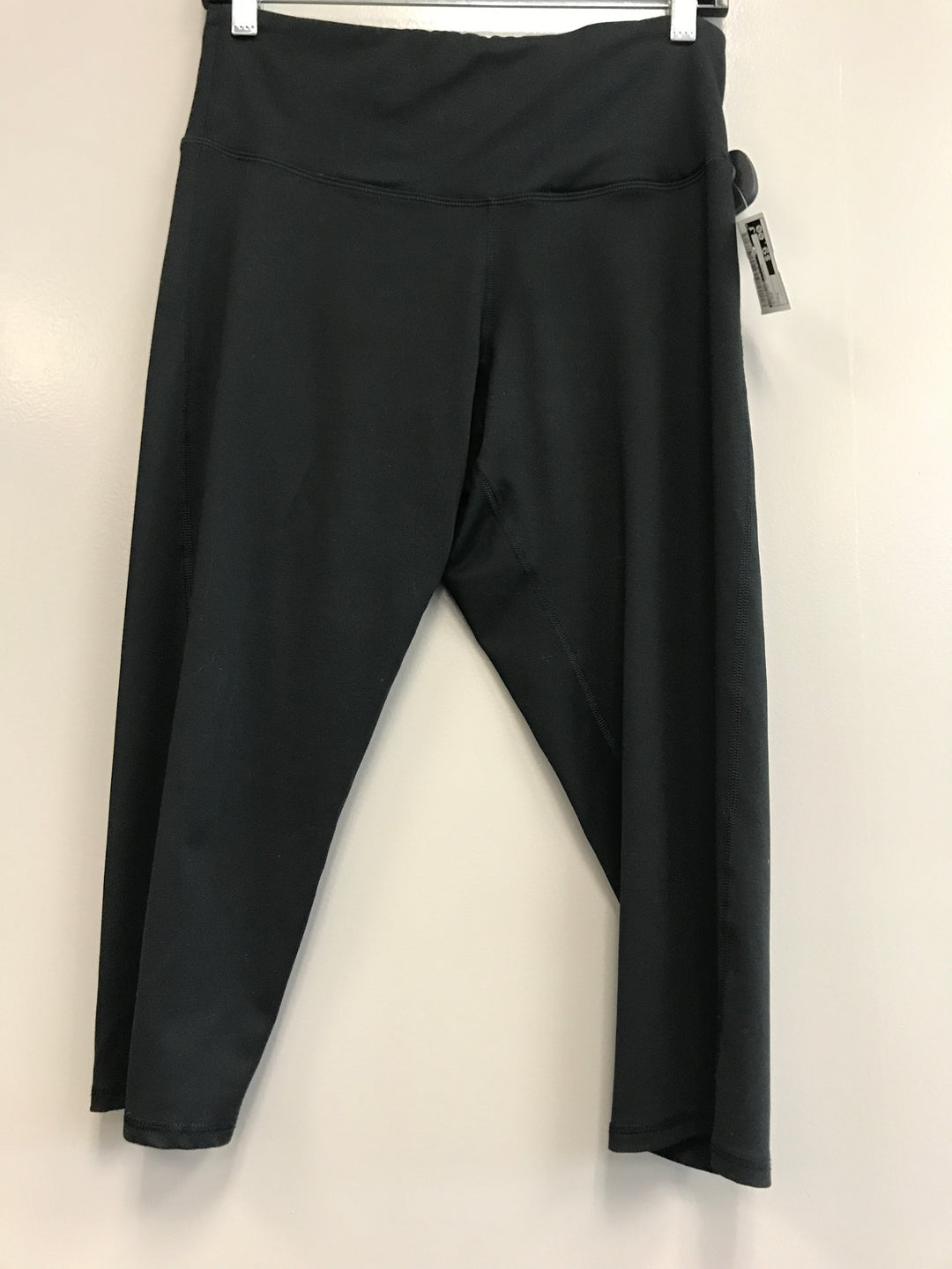 Primary Photo - BRAND: CHAMPION <BR>STYLE: ATHLETIC CAPRIS <BR>COLOR: BLACK <BR>SIZE: L <BR>SKU: 313-31344-17110