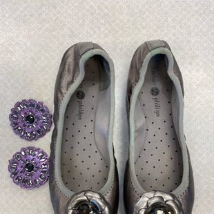 Primary Photo - BRAND: LINDSAY PHILLIPS STYLE: SHOES FLATS COLOR: SILVER SIZE: 6.5 SKU: 313-31328-36706