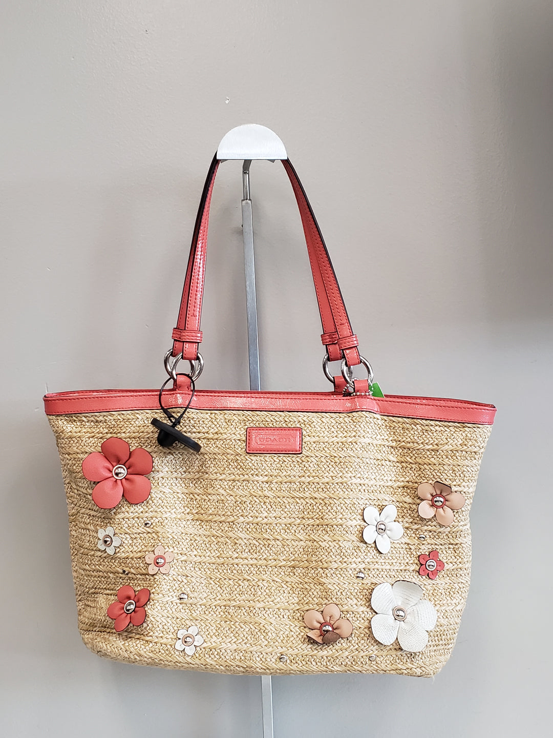 Primary Photo - BRAND: COACH <BR>STYLE: HANDBAG DESIGNER <BR>COLOR: STRAW <BR>SIZE: MEDIUM <BR>SKU: 313-31344-13126