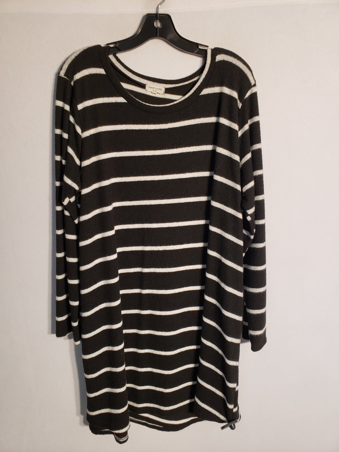 Primary Photo - BRAND:    CLOTHES MENTOR <BR>STYLE: DRESS SHORT LONG SLEEVE <BR>COLOR: STRIPED <BR>SIZE: 1X <BR>OTHER INFO: SWEET LOVELY - <BR>SKU: 313-31344-8849