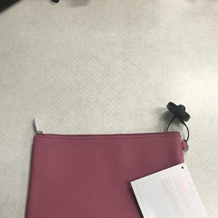 Primary Photo - BRAND: THIRTY ONE STYLE: CLUTCH COLOR: DUSTY PINK SKU: 313-31332-7486