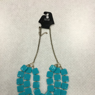 Primary Photo - BRAND:    CLOTHES MENTOR STYLE: NECKLACE COLOR: TEAL SKU: 313-31332-6449