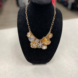 Primary Photo - BRAND:    CLOTHES MENTOR STYLE: NECKLACE COLOR: GOLD SIZE: 0 OTHER INFO: CM - SKU: 313-31349-1108