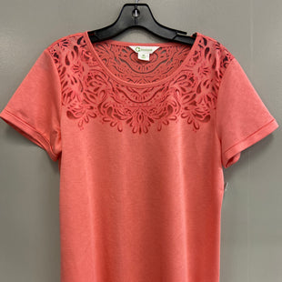 Primary Photo - BRAND:    CLOTHES MENTOR STYLE: TOP SHORT SLEEVE COLOR: PEACH SIZE: M OTHER INFO: G WONDER - SKU: 313-31344-17012
