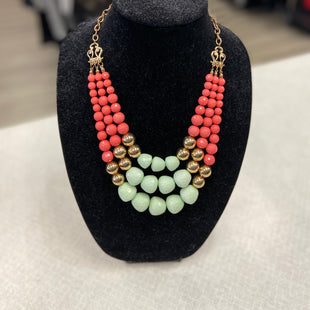 Primary Photo - BRAND:    CLOTHES MENTOR STYLE: NECKLACE COLOR: MINT SKU: 313-31328-35997