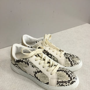 Primary Photo - BRAND:    CLOTHES MENTOR STYLE: SHOES FLATS COLOR: SNAKESKIN PRINT SIZE: 8 OTHER INFO: AMS - SKU: 313-31332-8339