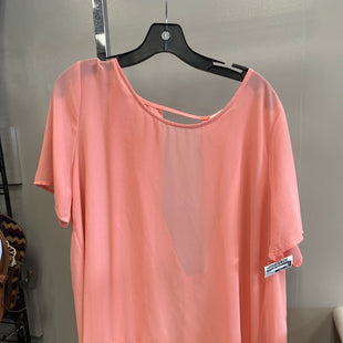 Primary Photo - BRAND:    CLOTHES MENTOR STYLE: TOP SHORT SLEEVE COLOR: PEACH SIZE: LARGE OTHER INFO: HUG - SKU: 313-31349-1818