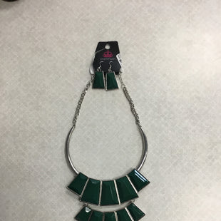 Primary Photo - BRAND: PAPARAZZI STYLE: NECKLACE SET COLOR: GREEN SKU: 313-31328-35486