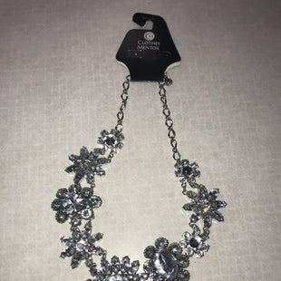 Primary Photo - BRAND: WHITE HOUSE BLACK MARKET STYLE: NECKLACE COLOR: SILVER SKU: 313-31328-34550