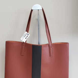 Primary Photo - BRAND: VINCE CAMUTO STYLE: HANDBAG COLOR: BROWN SIZE: MEDIUM SKU: 313-31344-12423