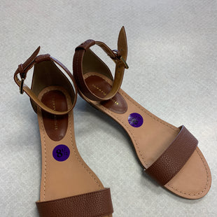 Primary Photo - BRAND: TOMMY HILFIGER STYLE: SANDALS FLAT COLOR: BROWN SIZE: 8.5 SKU: 313-31344-22915