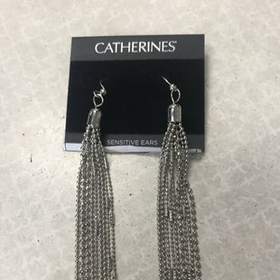 Primary Photo - BRAND: CATHERINES STYLE: EARRINGS COLOR: SILVER SKU: 313-31344-15198