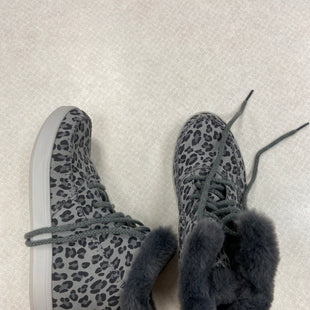 Primary Photo - BRAND: SKECHERS STYLE: BOOTS ANKLE COLOR: ANIMAL PRINT SIZE: 8.5 SKU: 313-31344-22128