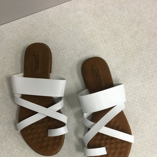 Primary Photo - BRAND:    CLOTHES MENTOR STYLE: SANDALS FLAT COLOR: WHITE SIZE: 7 OTHER INFO: PALMS - SKU: 313-31332-11105