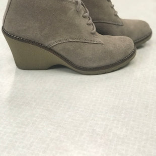 Primary Photo - BRAND: SONOMA STYLE: BOOTS ANKLE COLOR: TAUPE SIZE: 7 SKU: 313-31344-19186
