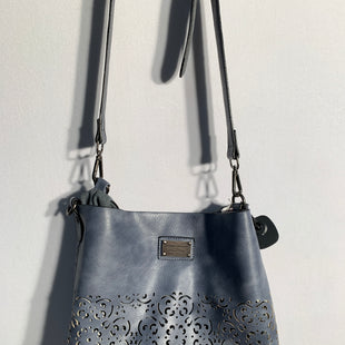Primary Photo - BRAND: COCO AND CARMENSTYLE: HANDBAGCOLOR: BLUESIZE: MEDIUMOTHER INFO: COCO AND CARMEN -SKU: 313-31328-22679