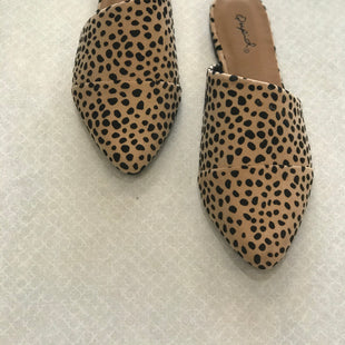 Primary Photo - BRAND: QUPID STYLE: SHOES FLATS COLOR: ANIMAL PRINT SIZE: 6 SKU: 313-31349-2497
