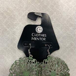 Primary Photo - BRAND: PAPARAZZI STYLE: EARRINGS COLOR: GREEN SKU: 313-31328-35491