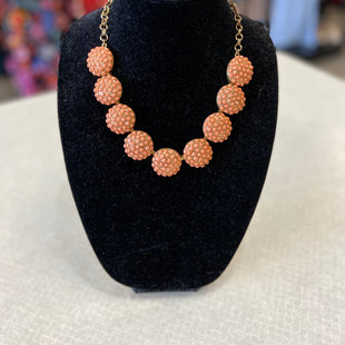 Primary Photo - BRAND:    CLOTHES MENTOR STYLE: NECKLACE COLOR: ORANGE SKU: 313-31344-16505