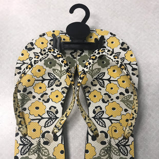 Primary Photo - BRAND: VERA BRADLEY STYLE: SANDALS FLAT COLOR: YELLOW SIZE: 9.5 SKU: 313-31311-32646