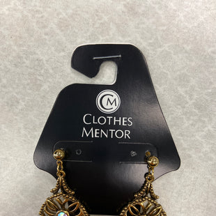 Primary Photo - BRAND:    CLOTHES MENTOR STYLE: EARRINGS COLOR: GOLD SKU: 313-31344-16604