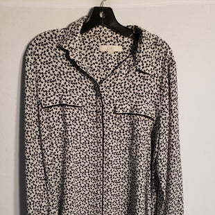 Primary Photo - BRAND: ANN TAYLOR LOFT STYLE: TOP LONG SLEEVE COLOR: BLACK WHITE SIZE: L SKU: 313-31311-24396