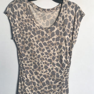 Primary Photo - BRAND: ANN TAYLOR LOFT STYLE: TOP SHORT SLEEVE COLOR: ANIMAL PRINT SIZE: XS SKU: 313-31328-31128