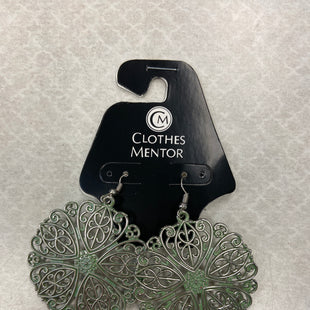 Primary Photo - BRAND: PAPARAZZI STYLE: EARRINGS COLOR: GREEN SKU: 313-31328-35492