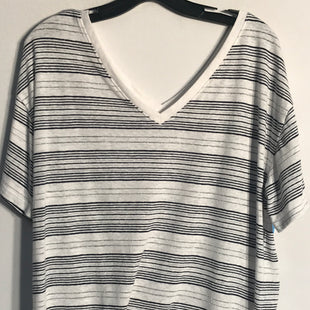 Primary Photo - BRAND: GAP STYLE: TOP SHORT SLEEVE BASIC COLOR: STRIPED SIZE: M SKU: 313-31311-24030