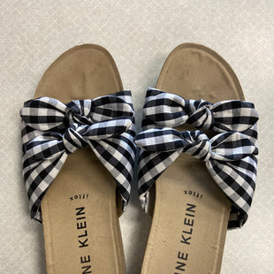 Primary Photo - BRAND: ANNE KLEIN STYLE: SANDALS FLAT COLOR: PLAID SIZE: 8.5 SKU: 313-31311-32878
