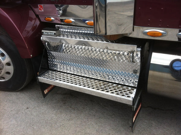 Kenworth Diamond Plate Battery Box