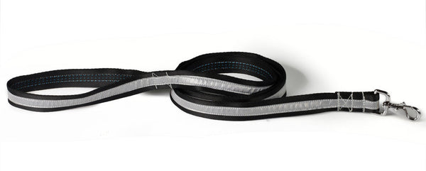 black/silver reflective leash