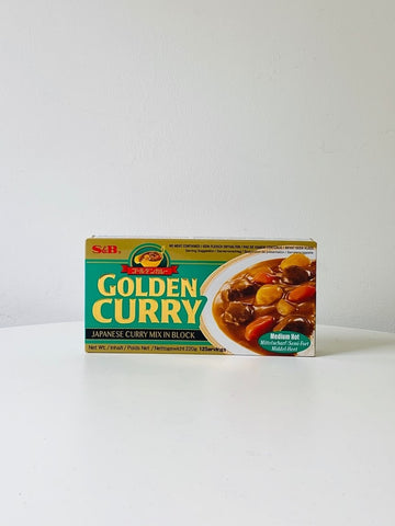 Golden Curry Sauce Mix (Medium Hot) 220g