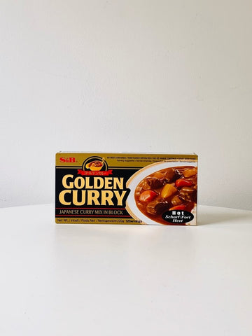 Golden Curry Sauce Mix (Hot) 220g