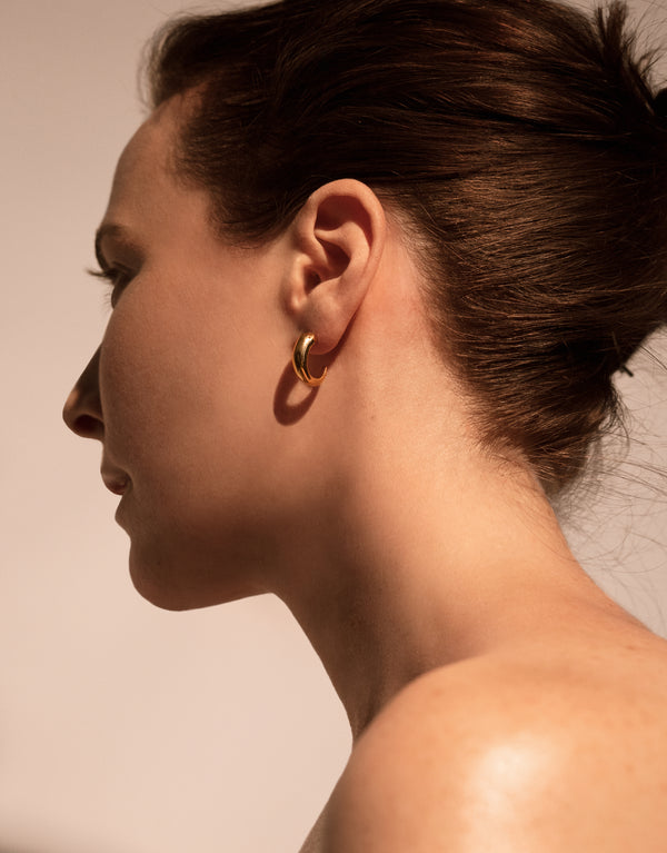 GOLD CLAW EARRING