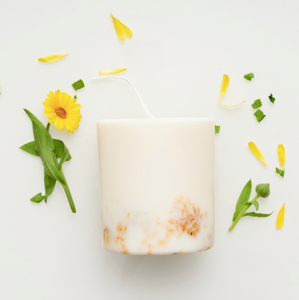 MUNIO CANDELA : Soy Wax Candle:MarigoldFlowers 515ml