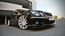 Laden Sie das Bild in den Galerie-Viewer, Maxton Design Front Ansatz passend für MERCEDES E W211 AMG VORFACELIFT Carbon Look