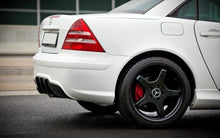 Laden Sie das Bild in den Galerie-Viewer, Maxton Design Heckstoßstange MERCEDES SLK R170 AMG204 LOOK