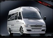 Laden Sie das Bild in den Galerie-Viewer, Maxton Design Front Stoßstange 2 MERCEDES SPRINTER 2000-2006