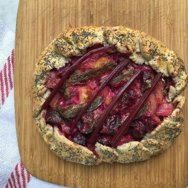 Baltic salmon and beetroot rye pie