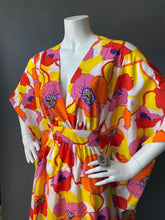 Load image into Gallery viewer, O'pell California Poppy Print long torso Caftan