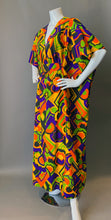 Load image into Gallery viewer, O'pell Graphic Print Long Torso Caftan
