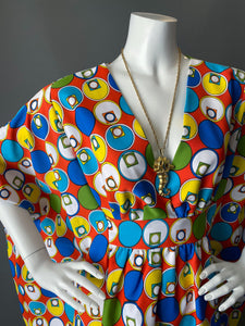 O'pell Op Art Mod Print Long Torso Caftan and Matching Mask