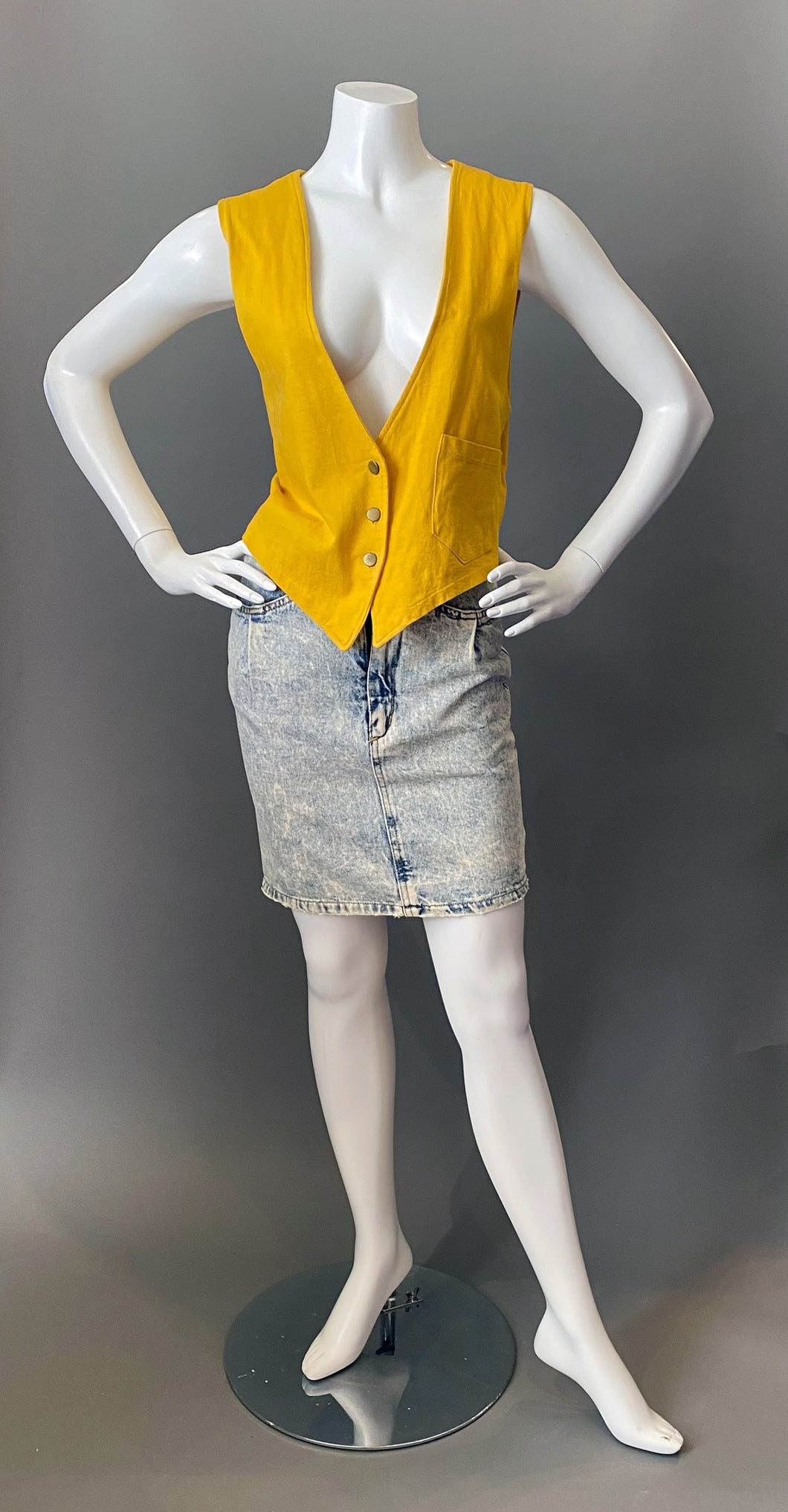 1980s Yellow Cotton Knit Vest