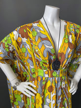 Load image into Gallery viewer, O'pell Happy Sunny Day Mod Print Cotton Caftan