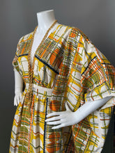 Load image into Gallery viewer, O'pell Mod Op Art Print Long Torso Caftan and Matching Mask