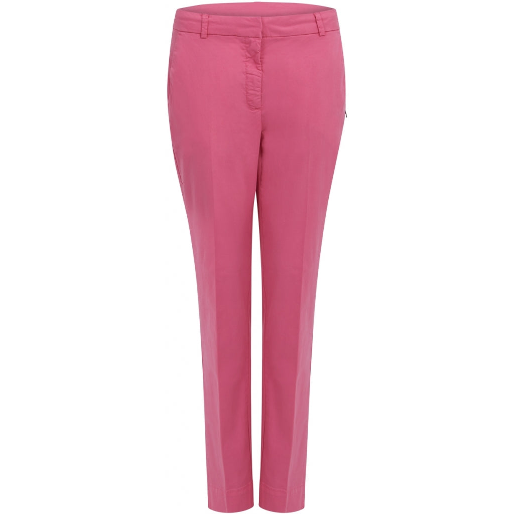 Chinos in Pink by Coster Copenhagen